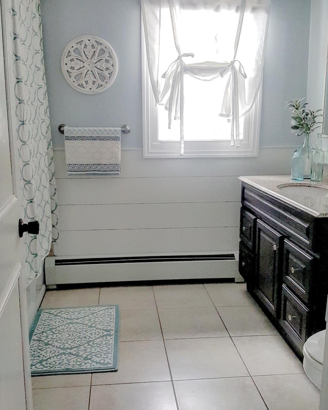 bathroom.2.jpg